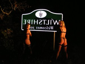 Phiby sklavin escort in Bad Segeberg